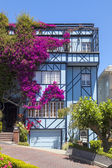 View of Lombard Street, the crookedest street in the world, San — Stock Photo