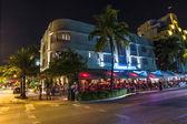 在南迈阿密开车在海洋夜景 — 图库照片