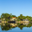 Luxury houses at the canal on  Pinetree Drive in Miami — Stock Photo