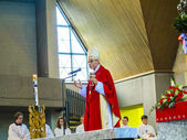 Bishop Franz Peter Tebartz van Elst at the inauguration ceremony — Stock Photo