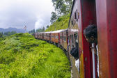 people travel in the train Colombo to Nuwara Eliya — Stock Photo
