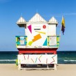 Wooden life guard huts in art deco style in miami — 图库照片
