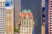 View from the rooftop to old historic skyscraper in San Francis — Stock Photo