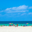 People enyoy the south beach in Miami — Stock Photo