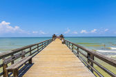 Midday at Naples pier on beach Golf of Mexico, Florida — Stock Photo