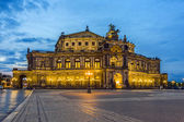 Dresden at night. Semper opera. — Stok fotoğraf