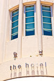 Hotel sign in beautiful historic Art deco district in South Mia — Stock Photo