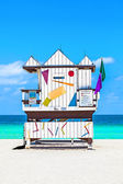 Beautiful south Beach in Miami with famous lifeguard towers in — Stock Photo