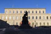 Munich residence with statue of king Luitpold — Stock Photo