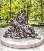 Memorial statues to Vietnam war Women Nurse — Stock Photo