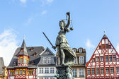 Statue of Lady Justice in front of the Romer in Frankfurt — Stock Photo