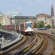 Train arrives at Baumwall U-Bahn Station — Foto de Stock