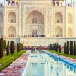 Taj Mahal in sunrise light, Agra, India — Stock Photo