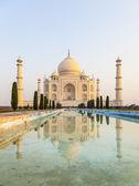 日出光,阿格拉,印度泰姬陵 — 图库照片