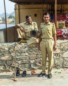 Police controls the parking lot at Amber fort — Stock Photo