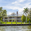 View to beautiful houses from the canal in Fort Lauderdale — Stock Photo #46109673