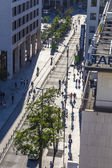 people walk along the Zeil in Midday light — Stock Photo