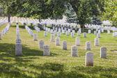 Nagrobki na narodowy cmentarz w arlington — Zdjęcie stockowe