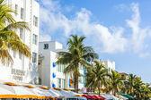 Beacon hotel at Ocean drive in Miami Beach — Stock Photo