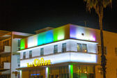 Hotel the Clifton in South Beach by night — Stock Photo