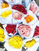 Hermosas flores en el mercado de las flores en hong kong — Foto de Stock