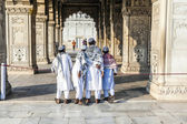 People visit the Red Fort in Delhi — Foto de Stock