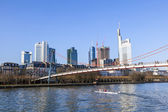 Holbein bridge in Frankfurt am Main with skyline. — Stock Photo