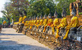 Buddha statues at the temple of Wat Yai Chai Mongkol in Ayutthay — Стоковое фото