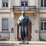 Statue of Robert Wilhelm Bunsen in Heidelberg — Stock Photo #48965489