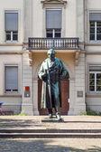 Statue of Robert Wilhelm Bunsen in Heidelberg — Stock Photo