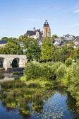 Old Lahn bridge and view to Wetzlar dome — Foto de Stock