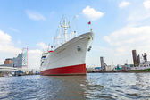 MS Cap San Diego in the port of Hamburg — Stock Photo