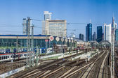 Entrance of central station in Frankfurt with skyline — Stok fotoğraf