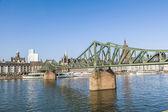 The Iron Bridge (so called Eiserner Steg) at Frankfurt Main  — Foto Stock