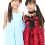 Two little asian girls — Stock Photo