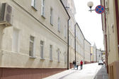 Pedestrian street in old European city — Stockfoto