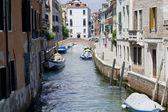 Rua em veneza — Foto Stock