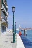 Strada a venezia — Foto Stock