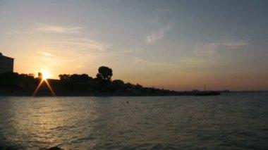 Sunset at seaside — Stock Video