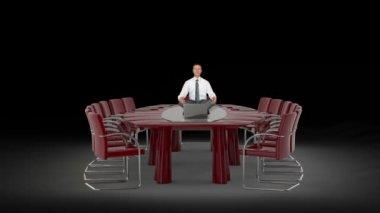 Homme d'affaires et l'ordinateur portable sur le bureau table méditant, contre black — Vidéo