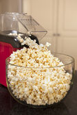 Popcorn and Popcorn Machine — Stock Photo