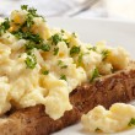 Scrambled Eggs on Toast — Stock Photo #34189347