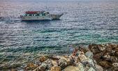 Tourist Ferry, Riomaggiore, Italy — Stock Photo