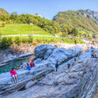 Verzasca River Valley, Switzerland - Tourists — Foto Stock