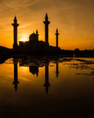 Mosque and Reflection — Stock Photo