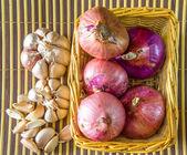 Onion and Garlic — Stock Photo