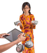 年轻女孩与平板电脑 — 图库照片