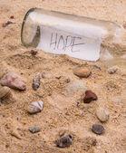 Wiadomość w butelce — Zdjęcie stockowe