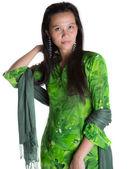 Azjatycki malay kobieta w zielonej sukni — Zdjęcie stockowe