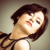 Fashion portrait young beautiful woman — Stock Photo